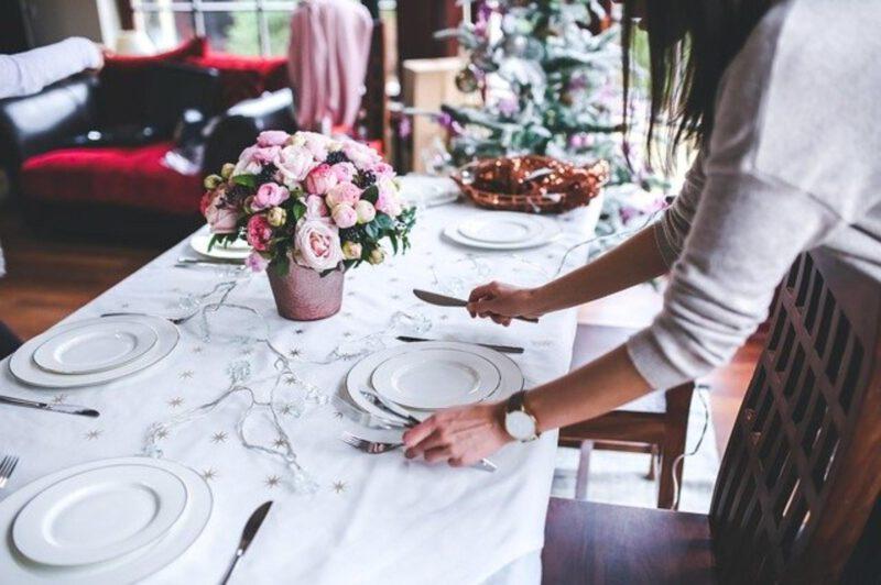 Pomysły na dekoracje stołu