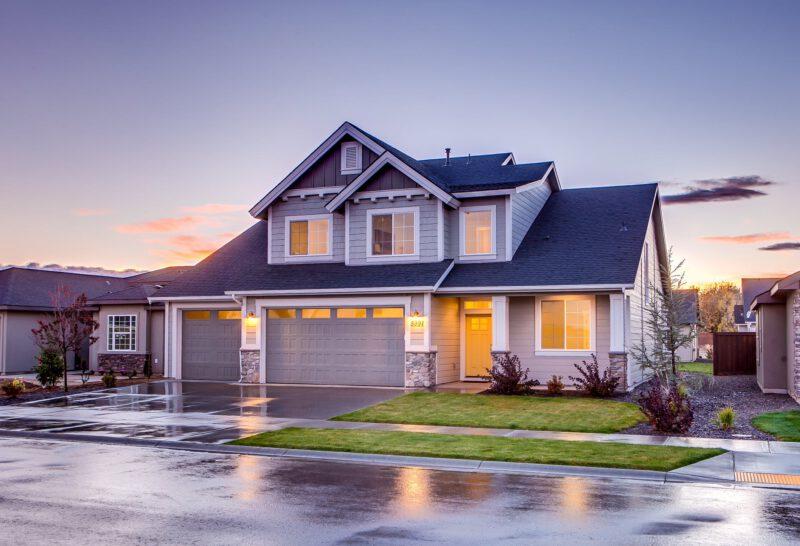 Nowe lokum – mieszkanie czy dom?