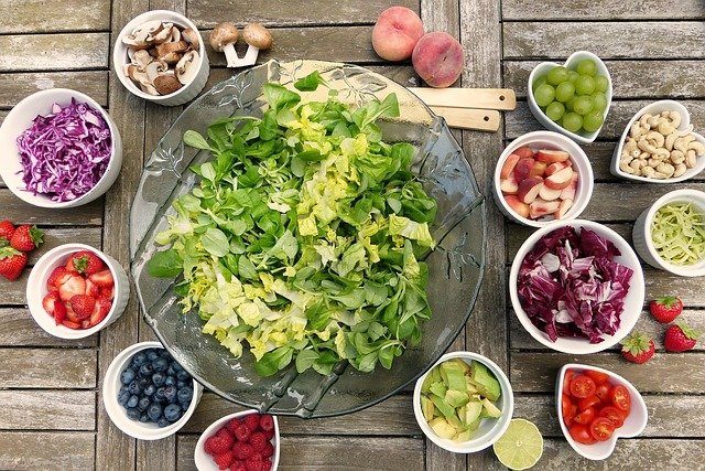 Weganizm i dieta pudełkowa – trend czy sposób na zdrowe odżywianie?